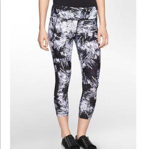 Calvin Klein Capri workout pants black and white